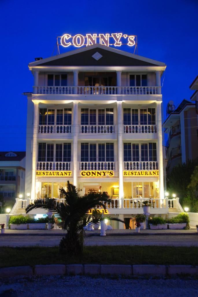 Отель  Conny's Hotel (Adult Only) +18  - отзывы Booking