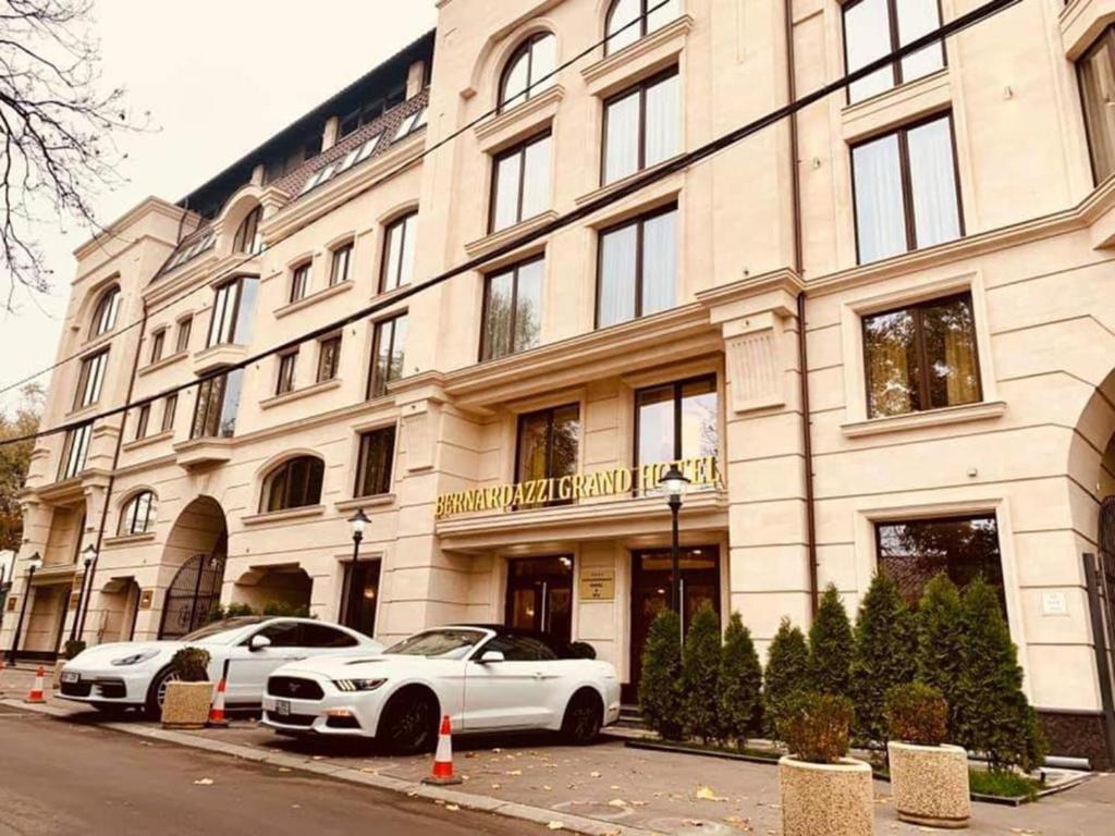 Отель  Bernardazzi Grand Hotel & SPA  - отзывы Booking