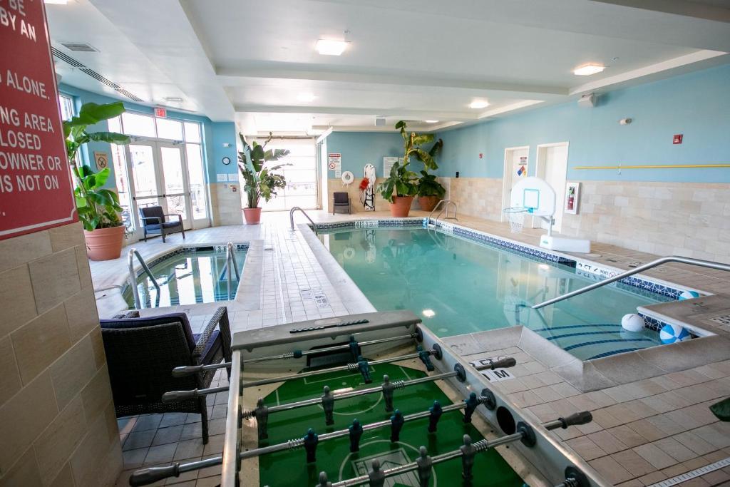 Отель  Holiday Inn Manahawkin/Long Beach Island, an IHG Hotel  - отзывы Booking