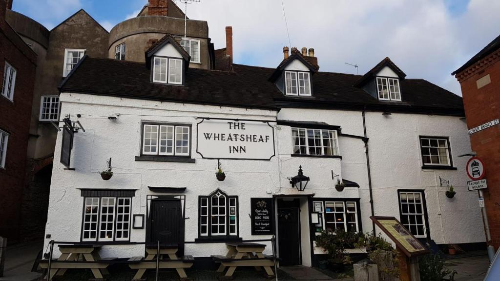 Отель  The Wheatsheaf Inn  - отзывы Booking