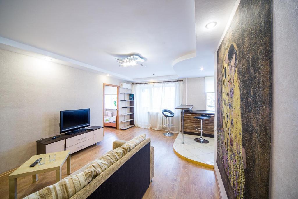 Апартаменты/квартира  двухкомнатные апартаменты в центре  - отзывы Booking