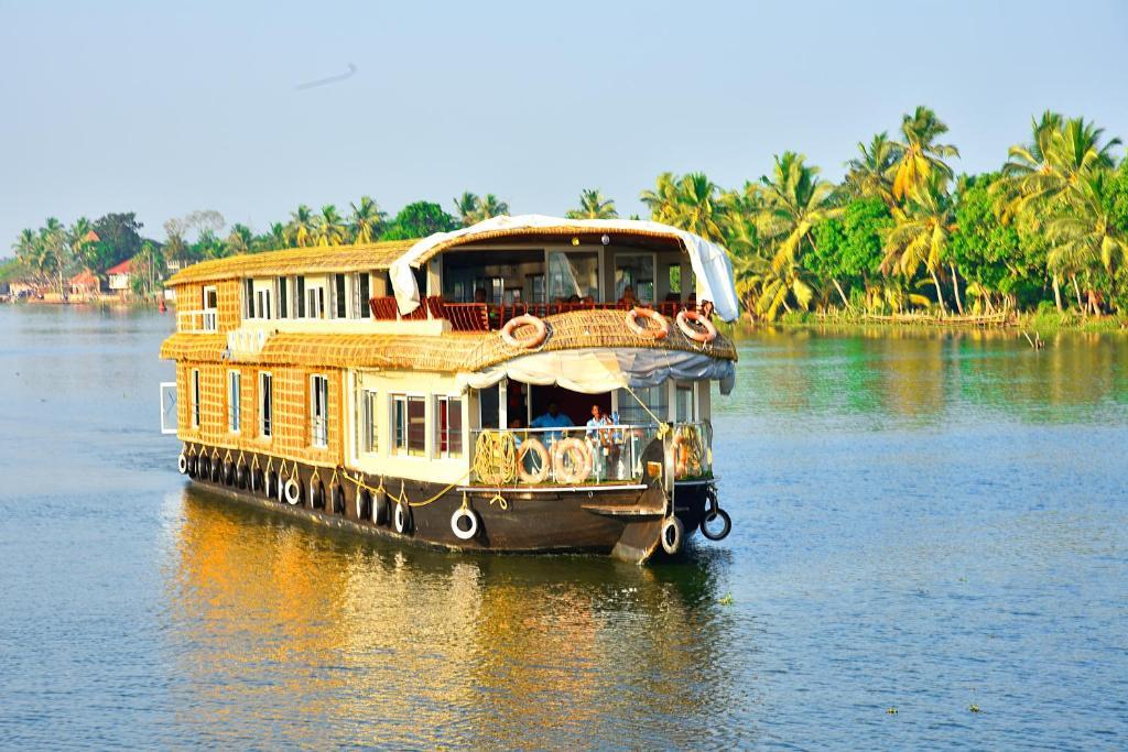 Ботель Premium Luxury Houseboat