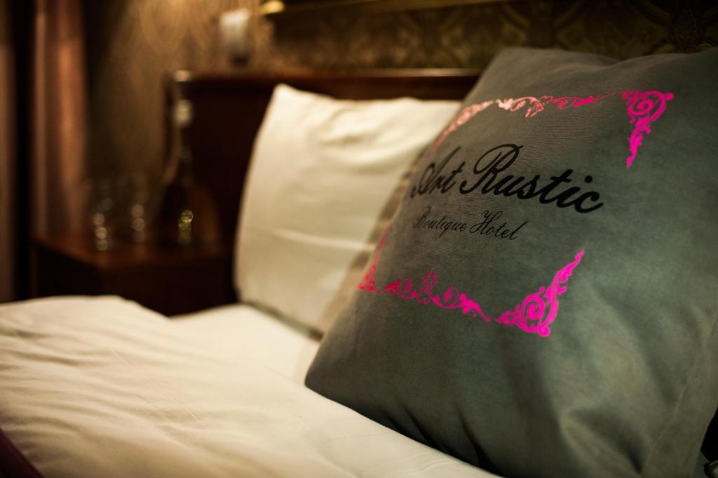 Отель Art-Rustic Boutique Hotel - отзывы Booking