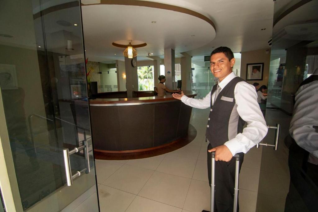 Отель  Отель  El Dorado Classic Hotel