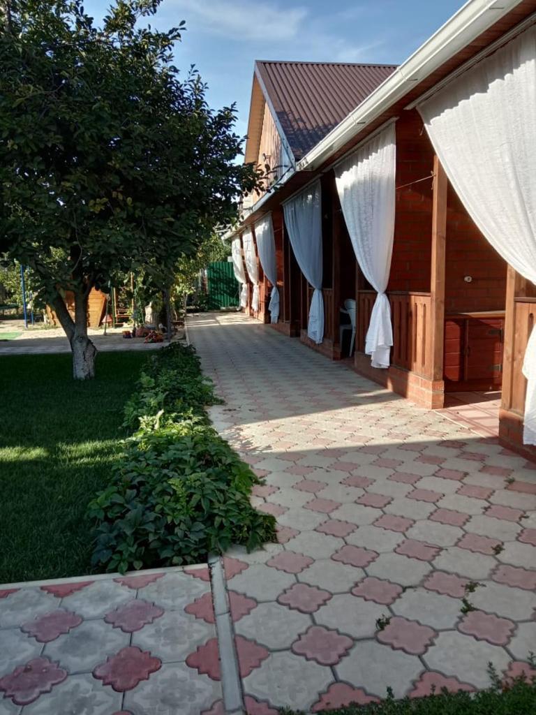 Гостевой дом  Guest house Uytniy Otdih c det'mi  - отзывы Booking