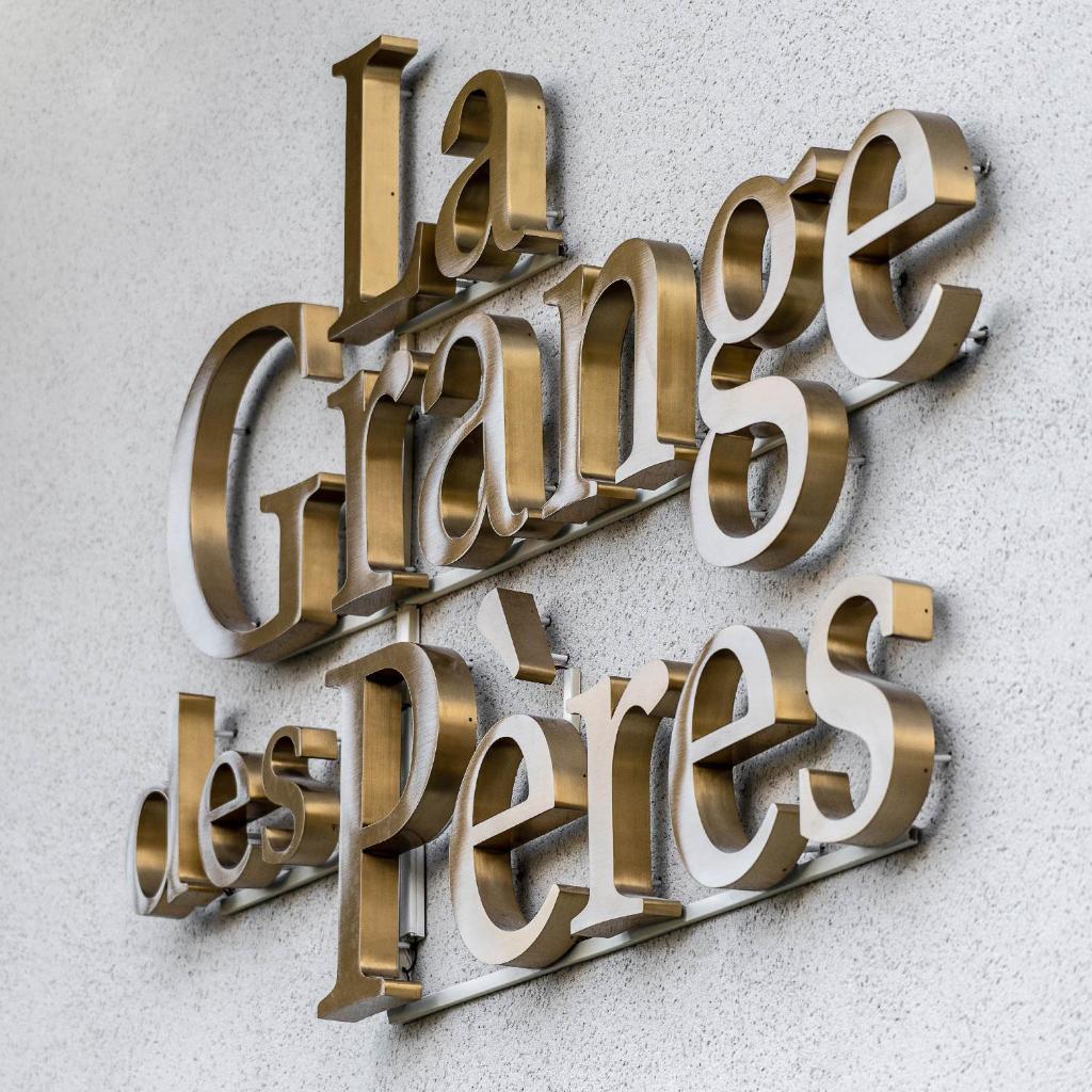Апарт-отель  La Grange des Pères  - отзывы Booking