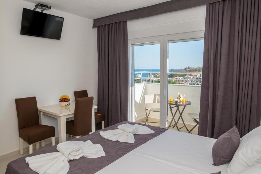 Апарт-отель  Apartmani Nela Sutomore  - отзывы Booking