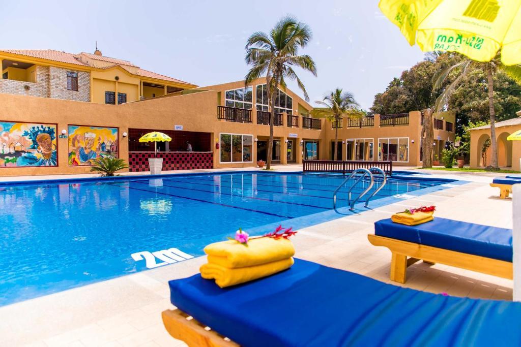 Отель  Отель  Tropic Garden Hotel
