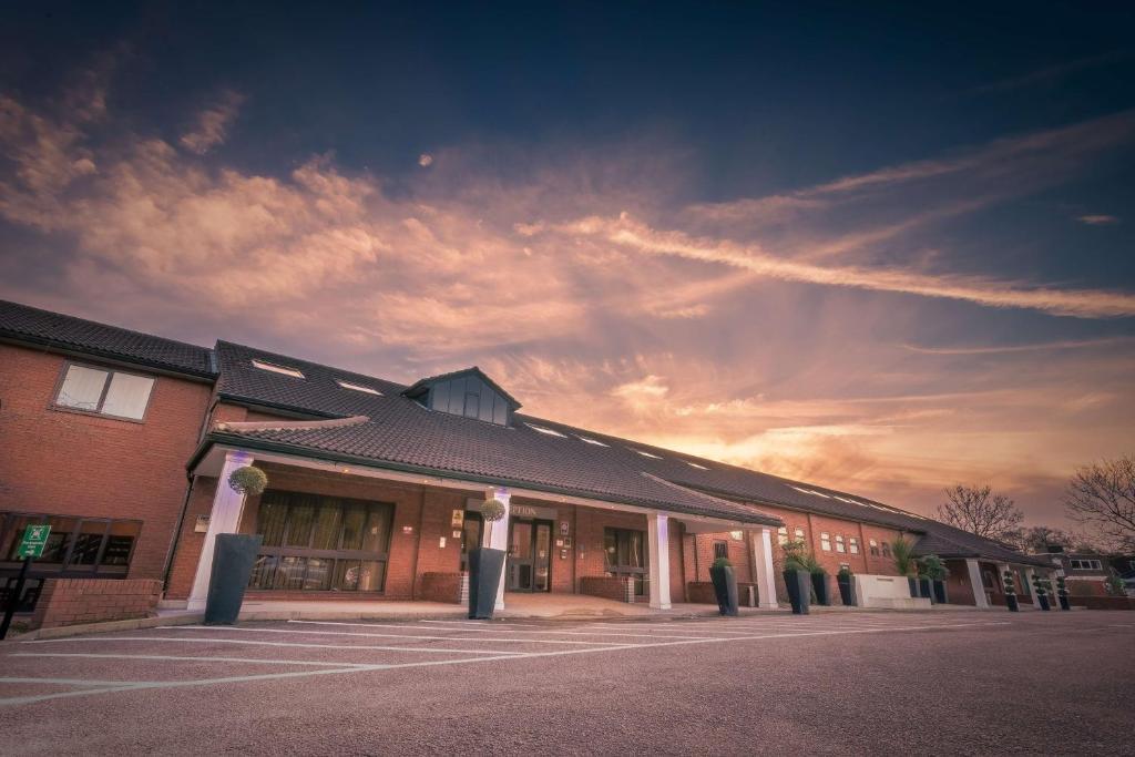 Отель  Best Western Rockingham Forest Hotel  - отзывы Booking