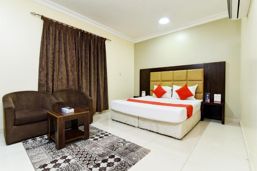 Апарт-отель OYO 427 Royal Al Khaleej Furnished Apartments 2