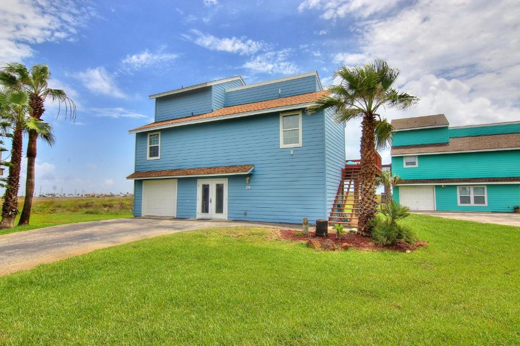Дом для отпуска  Coastal Casa (Lost Colony #24) Home  - отзывы Booking