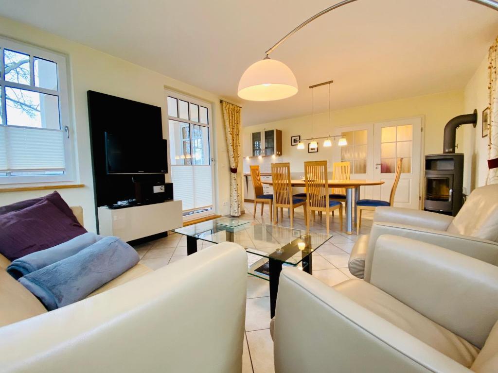 Апартаменты/квартира Neue Villa Ernst - Ferienwohnung 4 - отзывы Booking