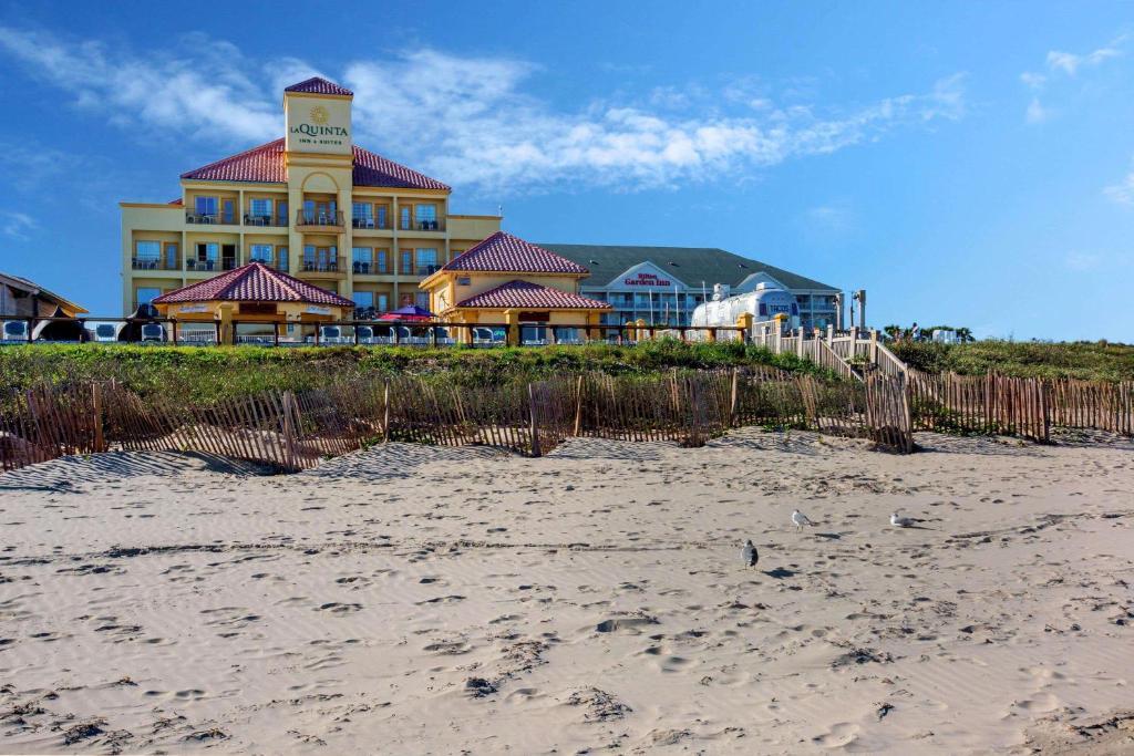 Отель  La Quinta by Wyndham South Padre Island Beach  - отзывы Booking