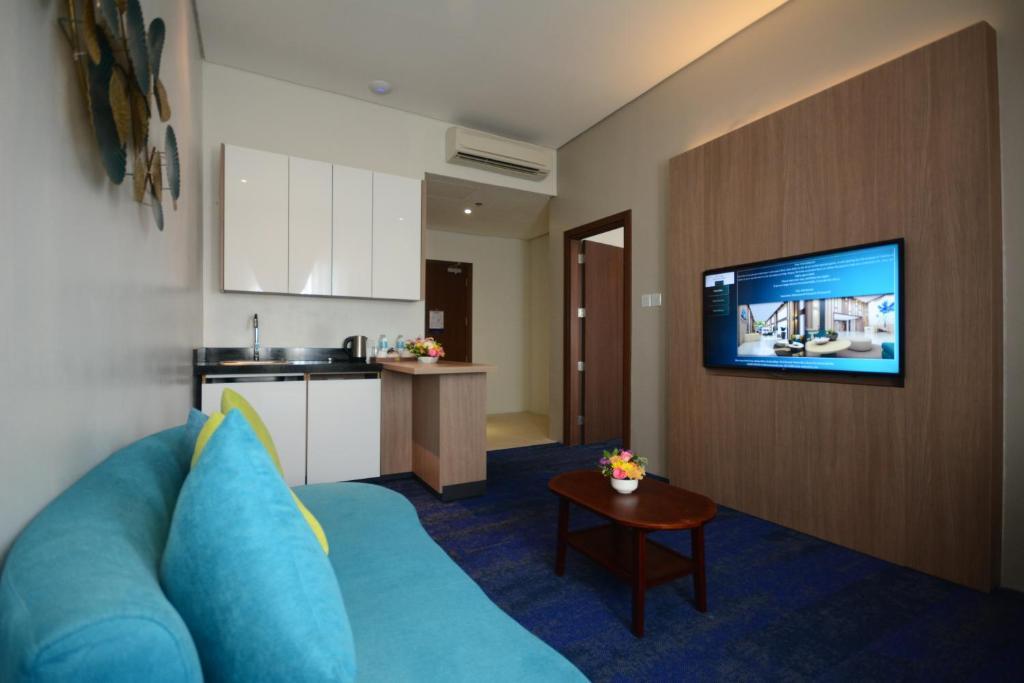 Отель  Blue Lotus Hotel - Multiple Use Hotel  - отзывы Booking