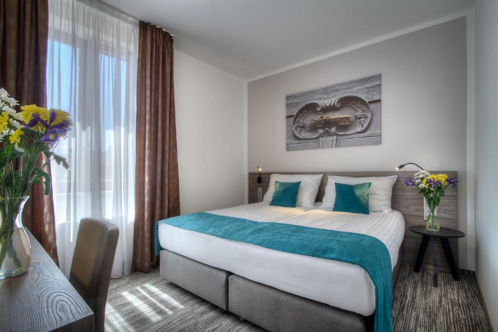 Отель  Hotel Páv  - отзывы Booking