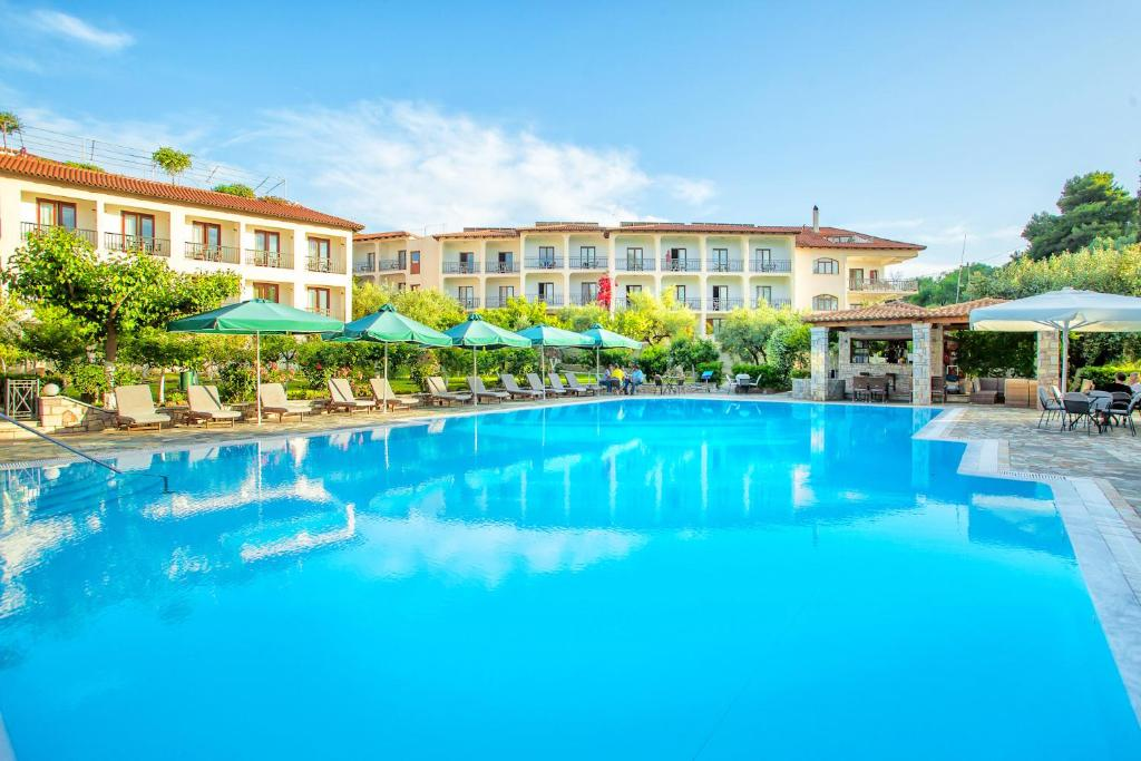 Отель  Hotel Europa Olympia