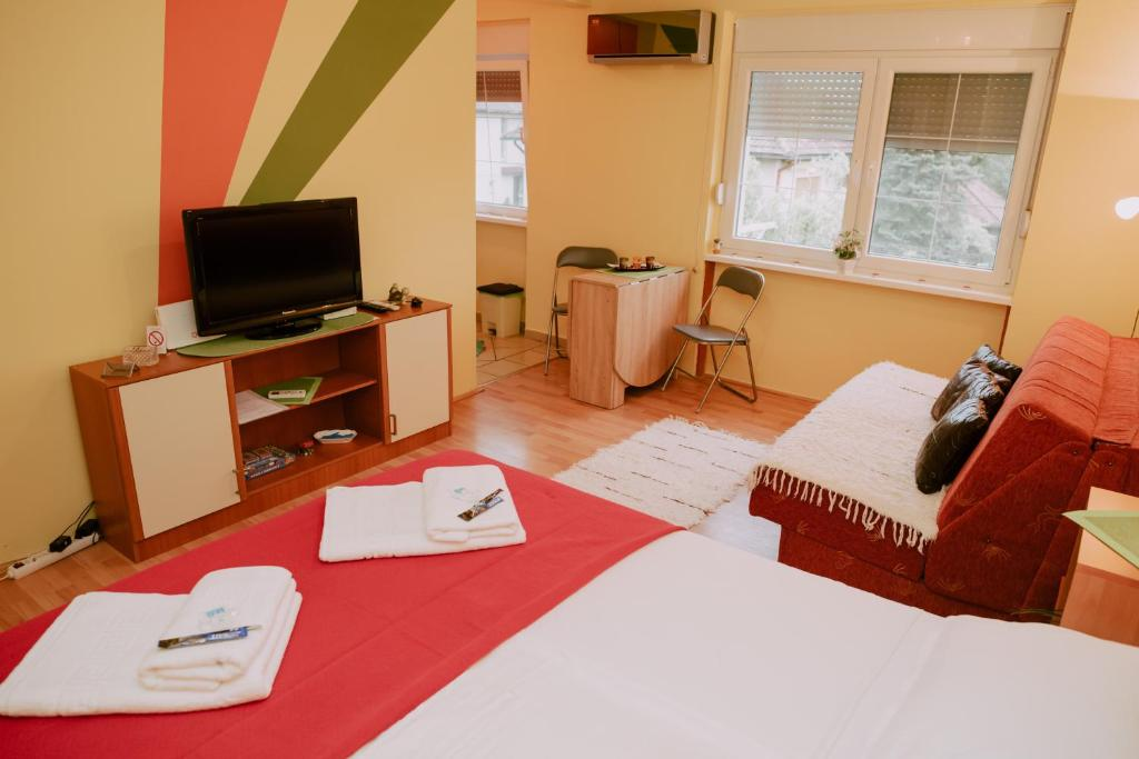 Апартаменты/квартира  Apartments Buba **  - отзывы Booking