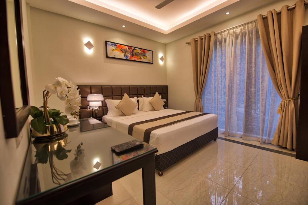Отель  Отель  Viveka Hotel Colombo