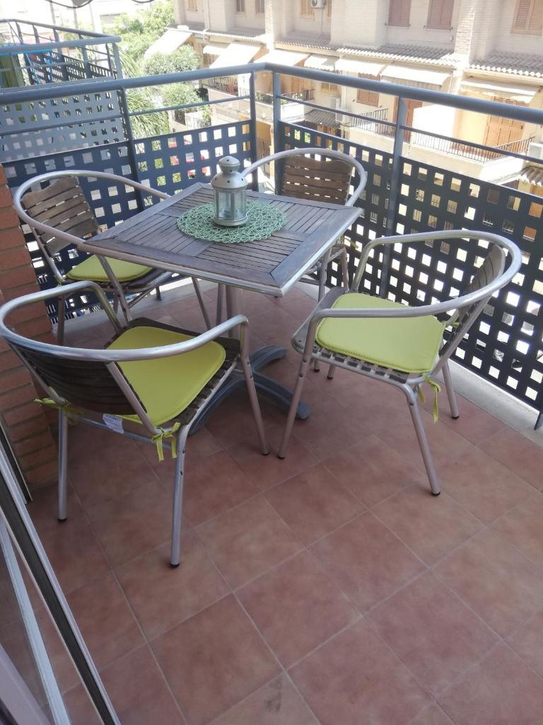 Апартаменты/квартира  Piso amplio a 700 metros de la playa!  - отзывы Booking