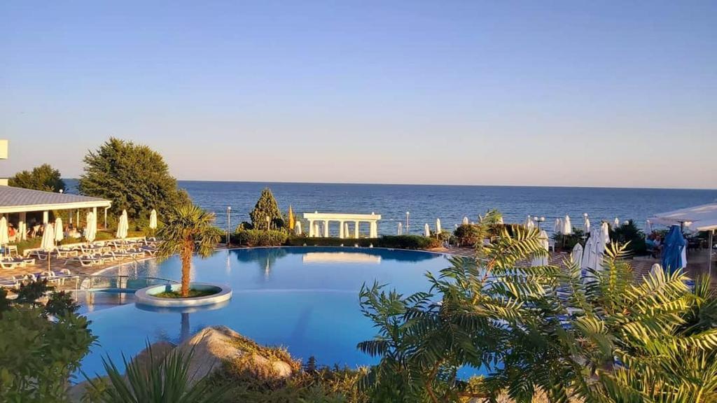 Отель  PrimaSol Sineva Beach Hotel - Все включено  - отзывы Booking