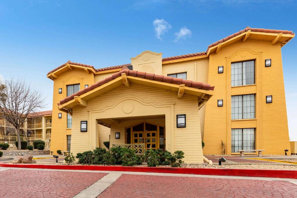 Отель  Отель  La Quinta Inn By Wyndham El Paso West