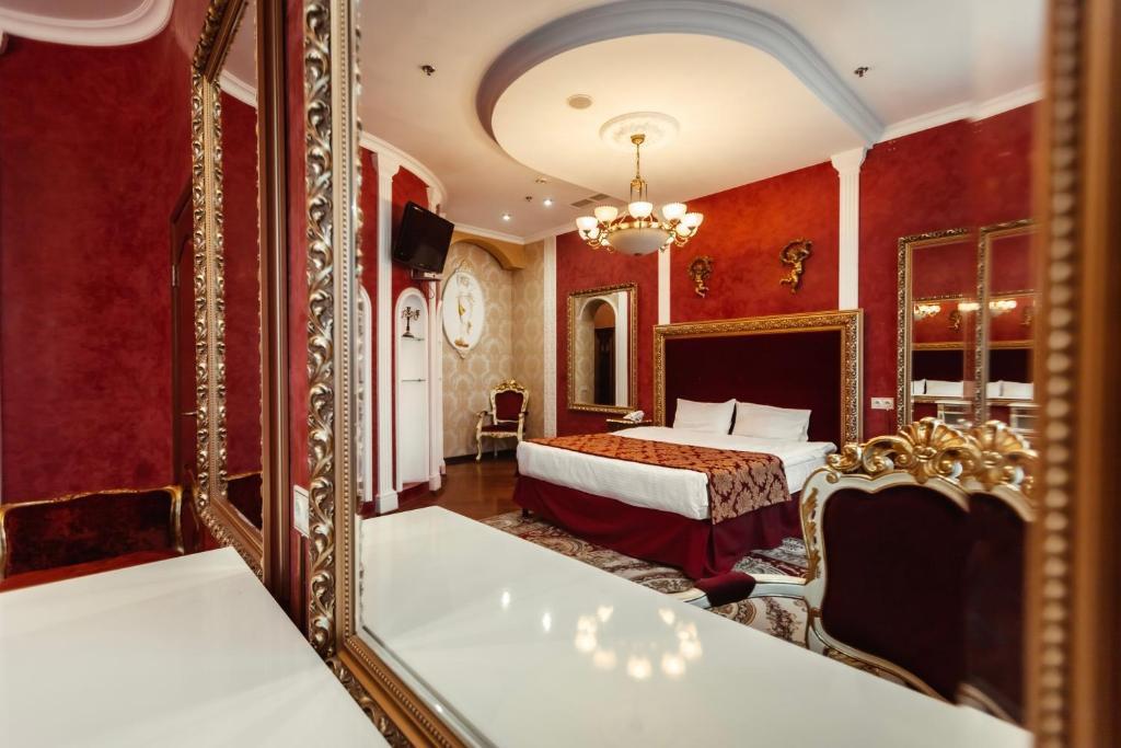 Отель  Отель  De Paris Hotel