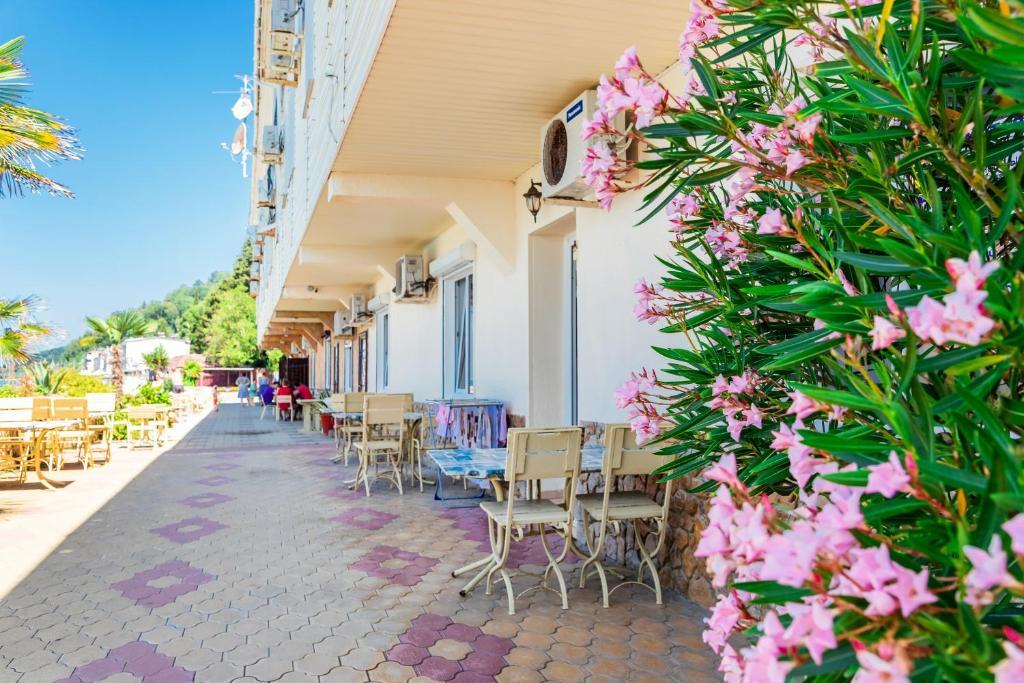 Мини-гостиница Тёплый берег - отзывы Booking
