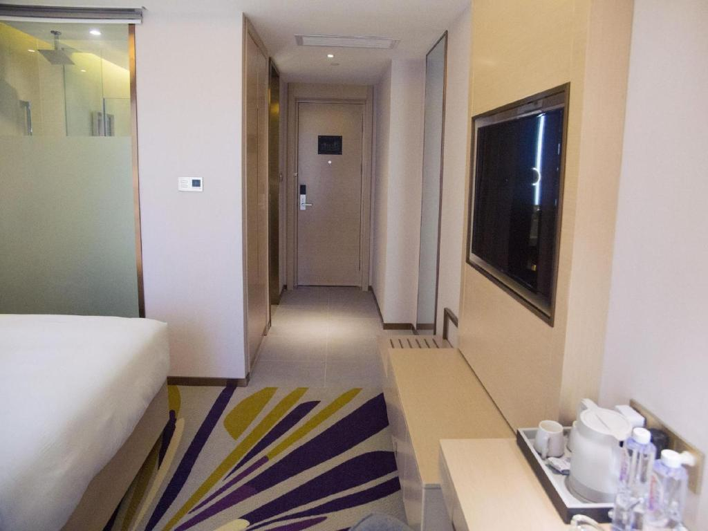 Отель Отель Lavande Hotel (Hohhot South 2nd Ring Evergrande Huafu Branch)