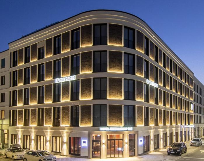 Отель  Qube Hotel Bahnstadt  - отзывы Booking