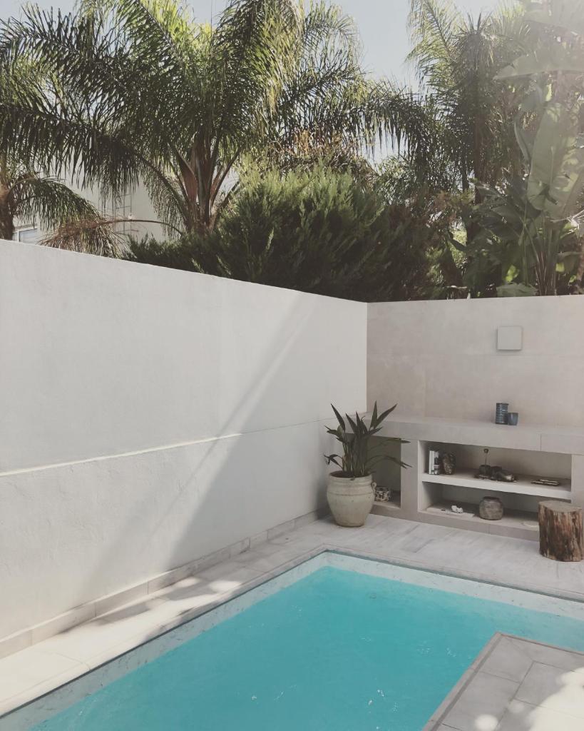 Дом для отпуска  Modern House With Plunge Pool, Apoel Archangelos Area