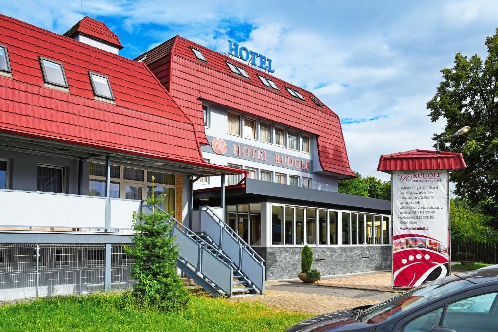 Отель  Hotel Rudolf  - отзывы Booking