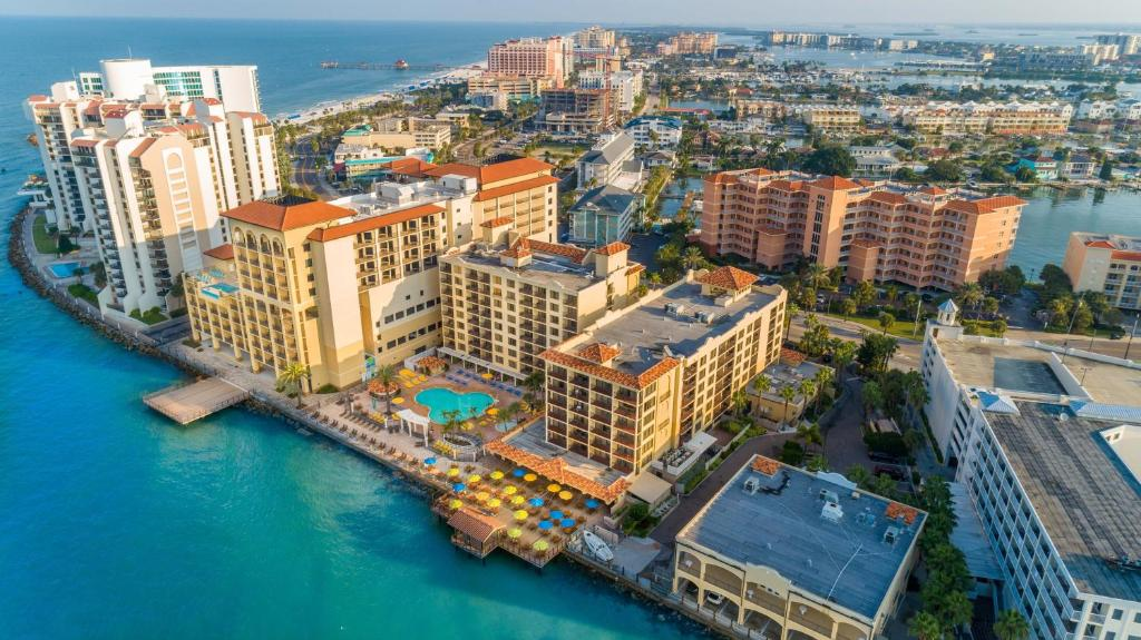 Фото  Курортный отель  Holiday Inn Hotel & Suites Clearwater Beach, An IHG Hotel