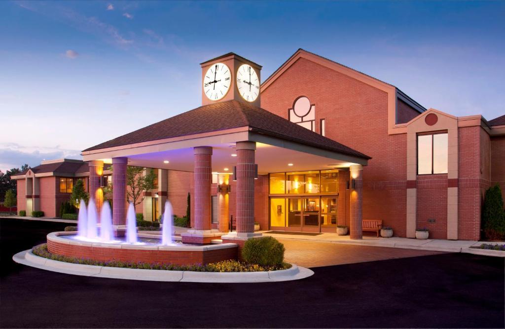 Отель  Ann Arbor Regent Hotel and Suites  - отзывы Booking