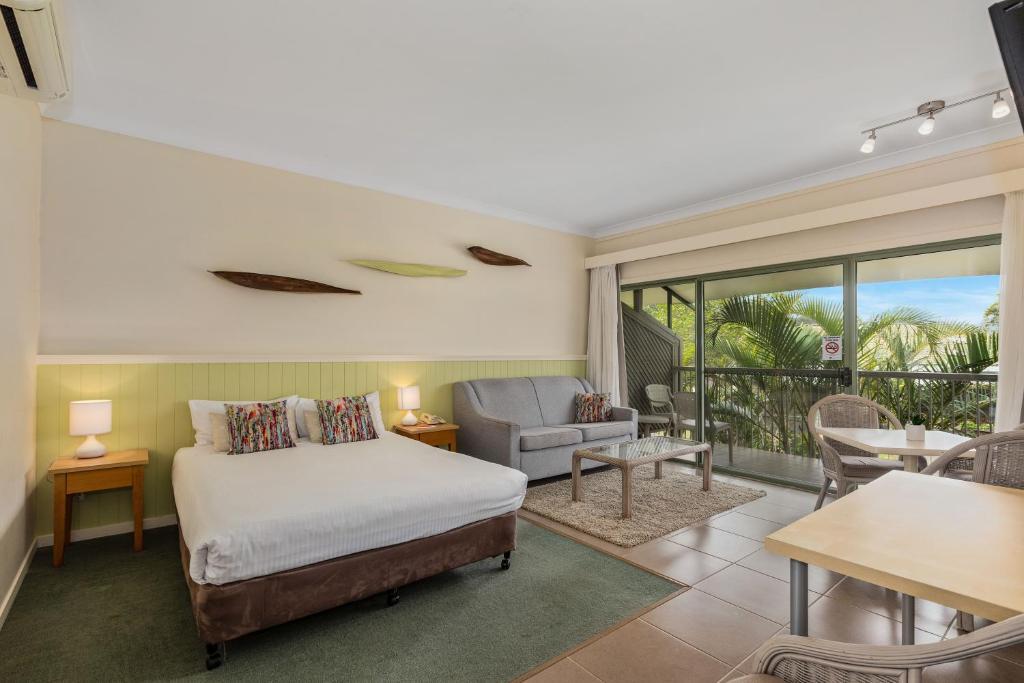 Курортный отель  Курортный отель  Ballina Beach Resort