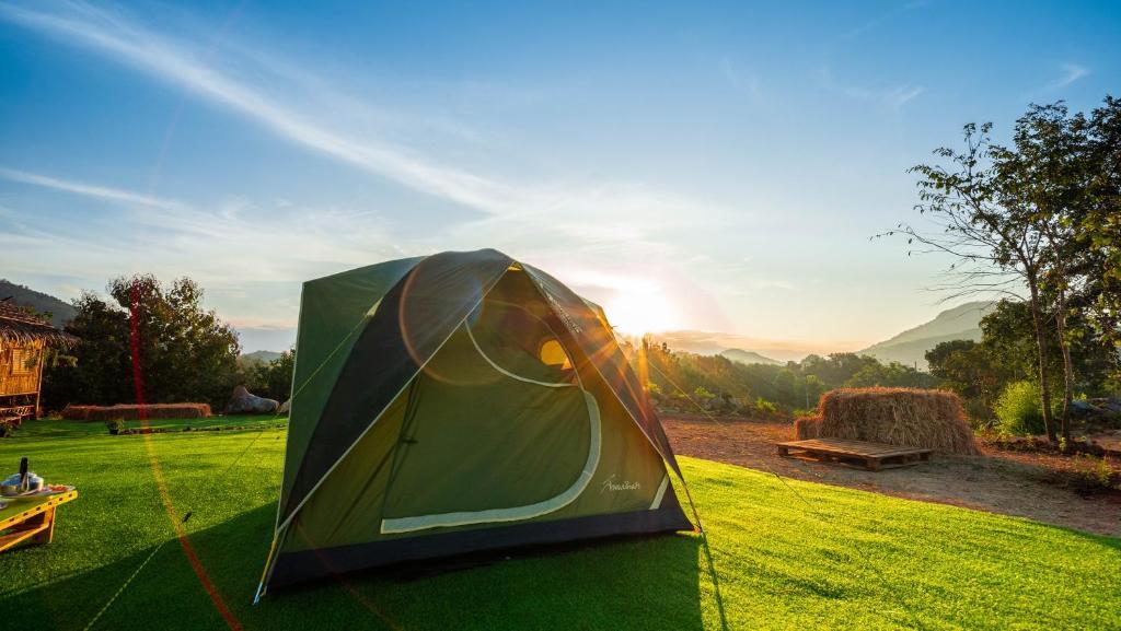Люкс-шатер  โอโซน กางเต็นท์ดูดาว เขาใหญ่ (Ozone Tented Camp See the Star)  - отзывы Booking