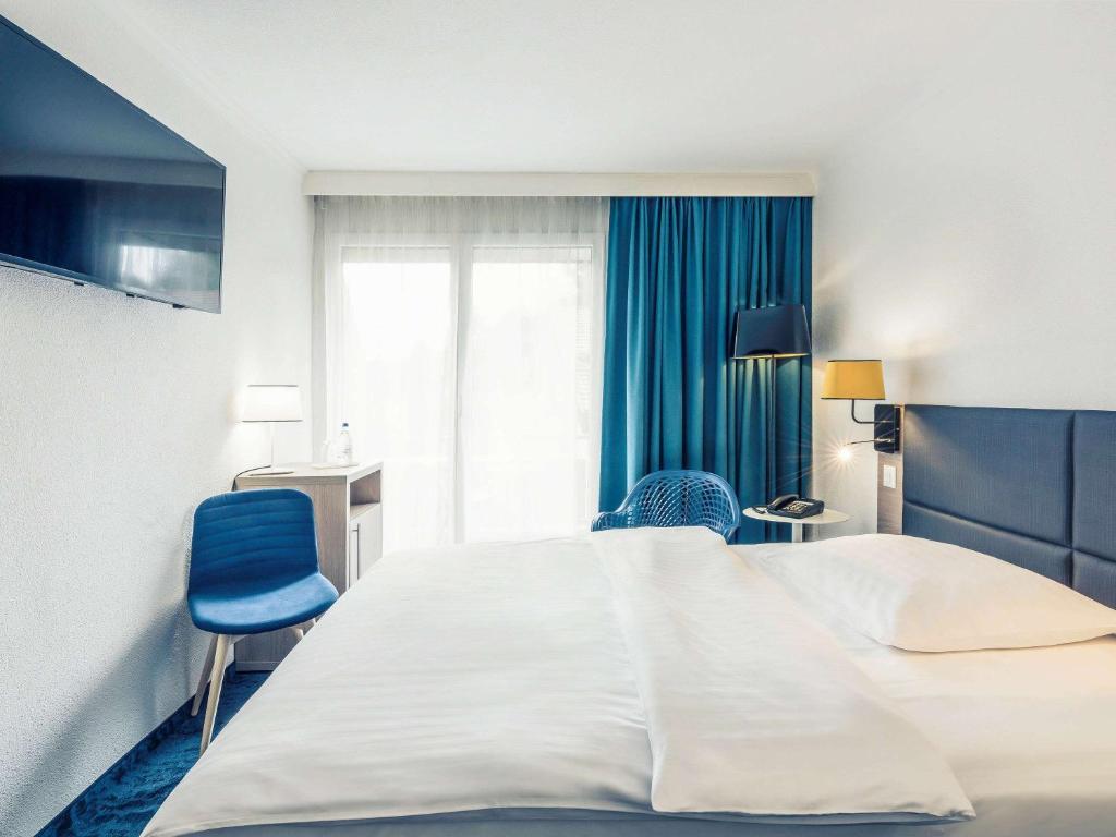 Отель  Mercure Lenzburg Krone  - отзывы Booking