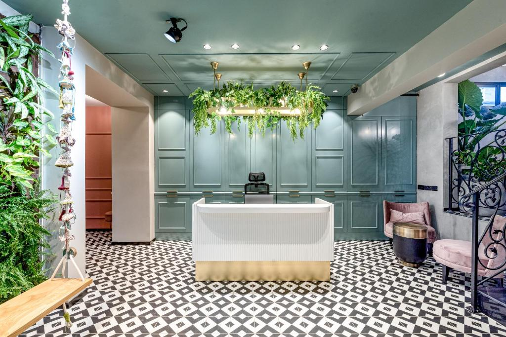 Отель  Dizengoff Garden Hotel  - отзывы Booking
