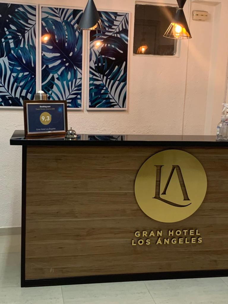 Отель Gran Hotel Los Ángeles - отзывы Booking
