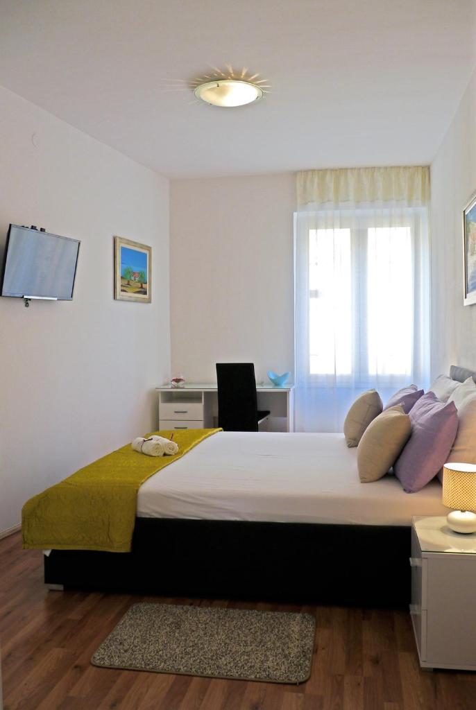 Гостевой дом  A&M Apartment and Rooms  - отзывы Booking