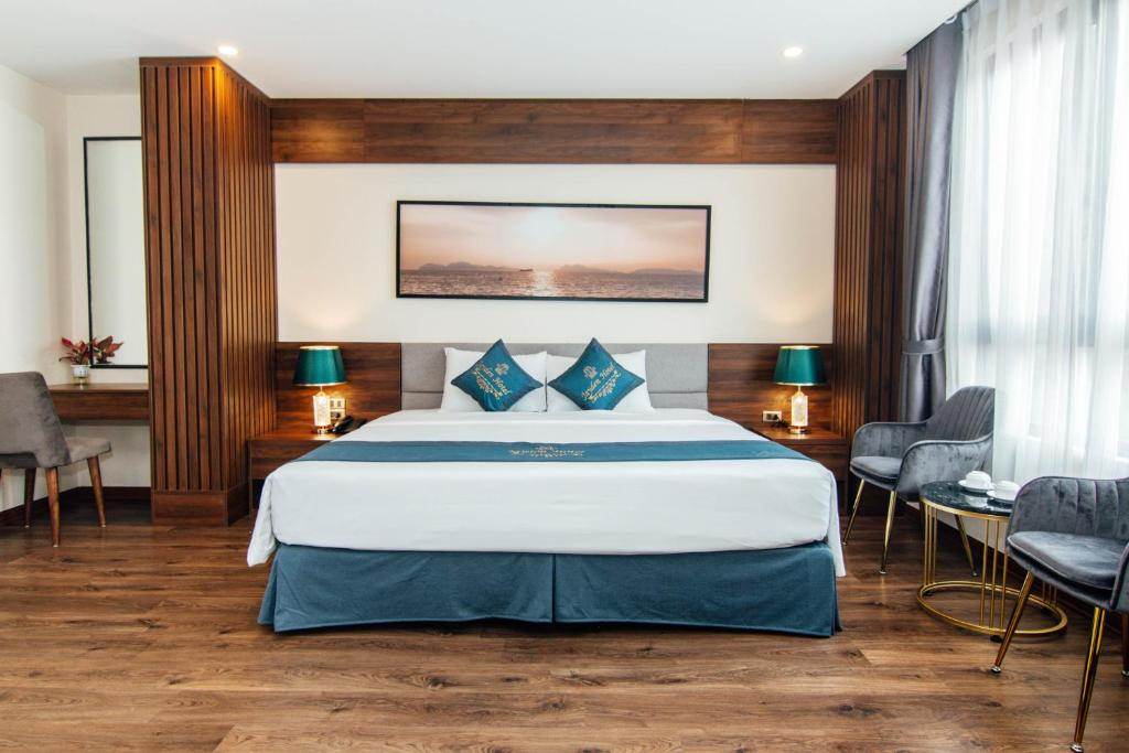 Отель Jayden Hotel Halong