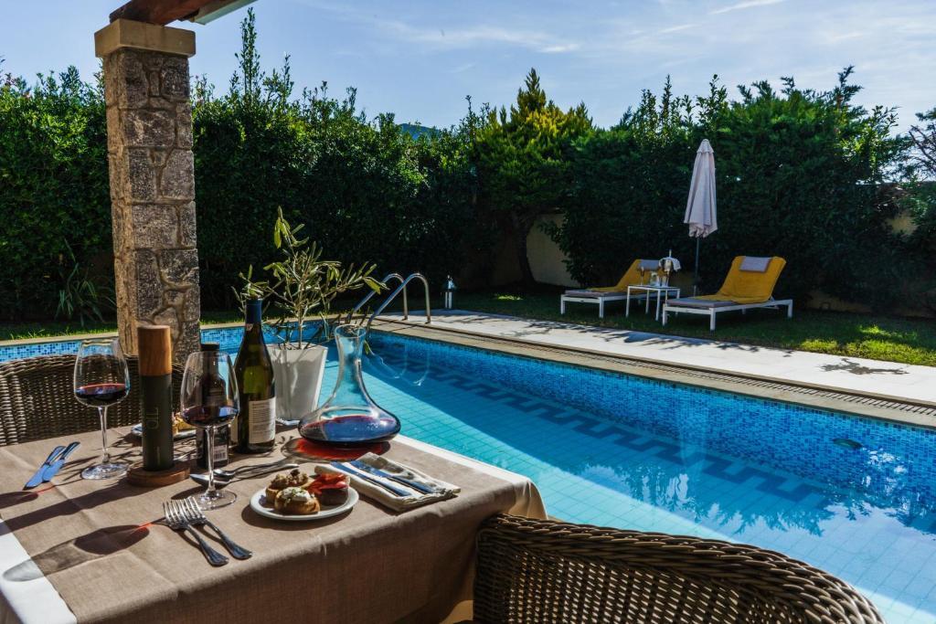 Отель Restia Suites Exclusive Resort -Adults Only - отзывы Booking