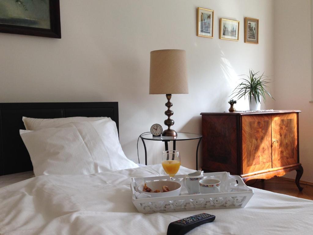 Апартаменты/квартира  City Classic Apartment  - отзывы Booking