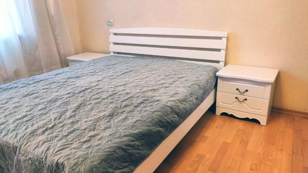Апартаменты/квартира  Уютные апартаменты на Восточном  - отзывы Booking