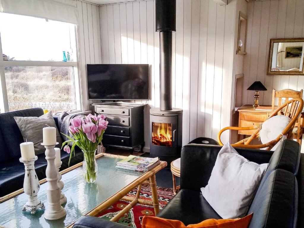 Дом для отпуска  Three-Bedroom Holiday Home In Ålbæk 21