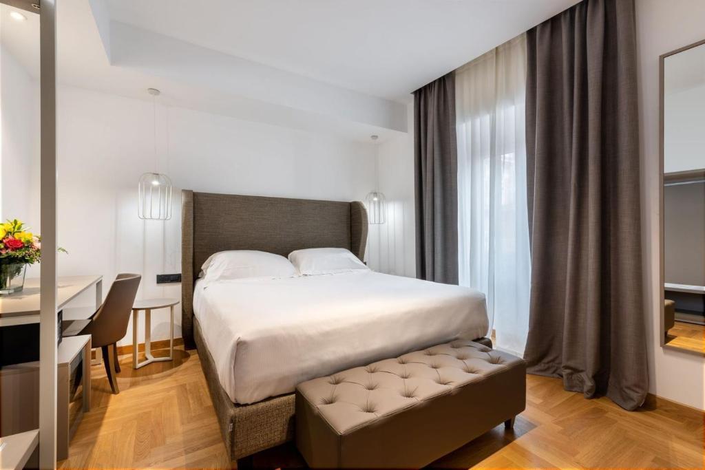 Отель  Mercure Roma Centro Termini  - отзывы Booking