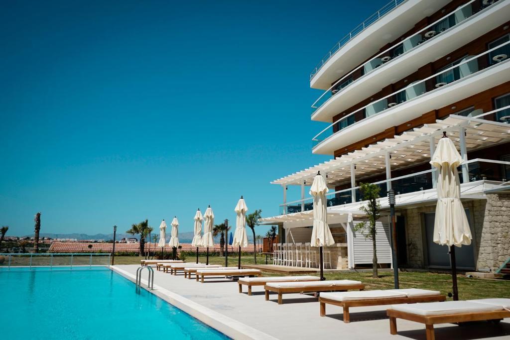 Отель  Casa De Playa Luxury Hotel & Beach  - отзывы Booking