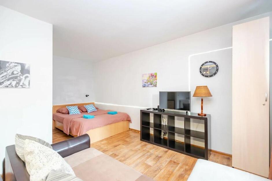 Апартаменты/квартира  Пермская 126  - отзывы Booking