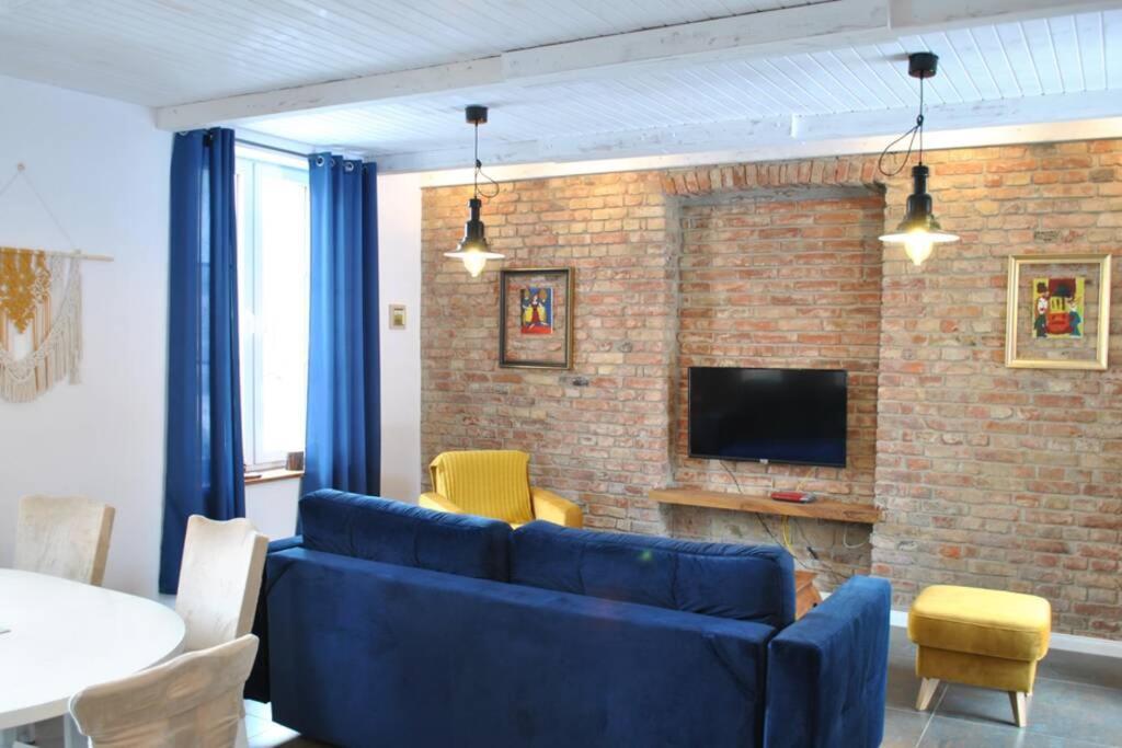 Апартаменты/квартира Moderne, stilvolle Ferienwohnung in Stralsund 84m2 - отзывы Booking