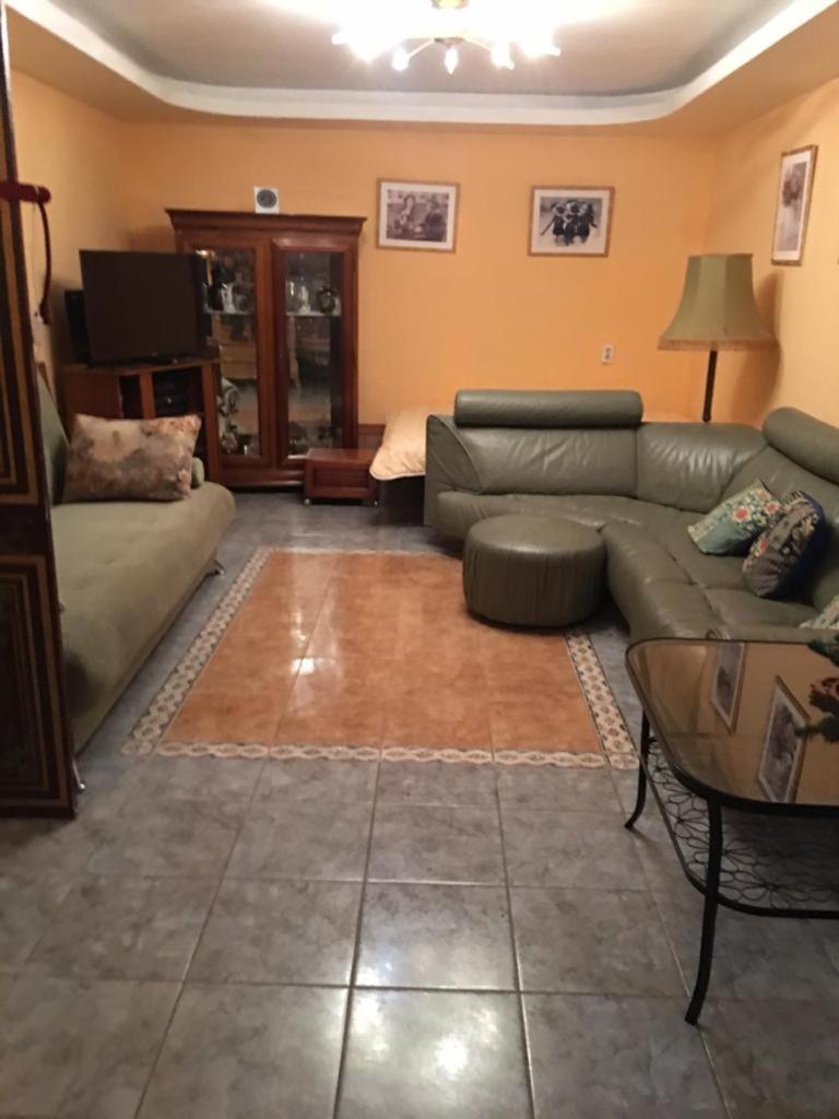 Апартаменты/квартира  Homestay on Lugovaja  - отзывы Booking