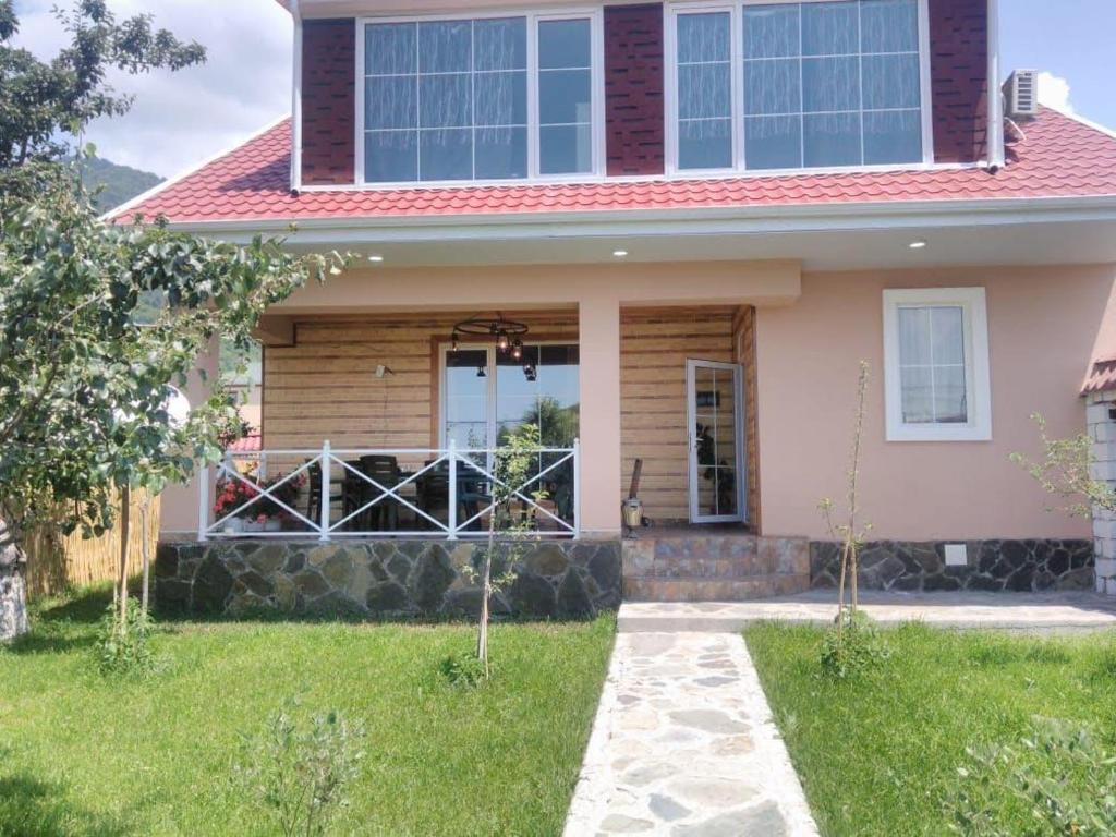 Дом для отпуска  Gabala Explorers' Villa near Tufandag  - отзывы Booking